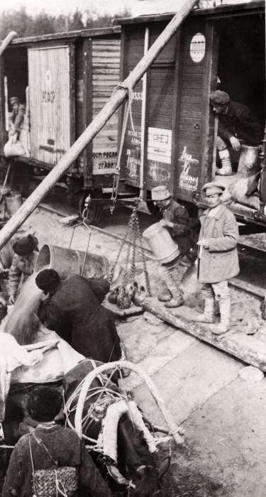 Гуманитарная и продовольственная помощь пострадавшим от голода в Поволжье. СССР, 1922 год.