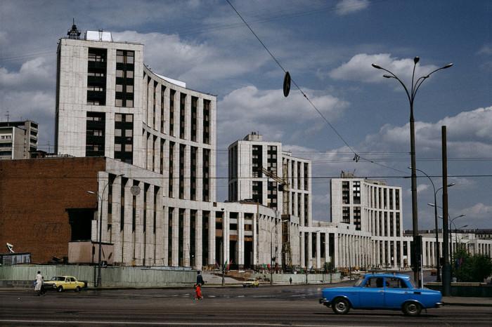 Жилые панельные многоэтажные дома. СССР, Москва, 1986 год. Автор фотографии: Harry Gruyer.