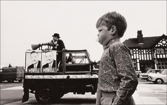 Энох Пауэлл и юноша со жвачкой. Великобритания, 1970 год.