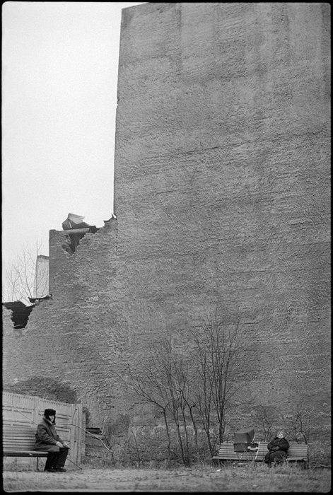 Чёрно-белая фотография советской эпохи от Владимира Сычёва. СССР, Москва, 1970-е годы.