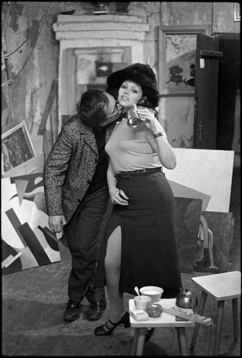 Влюблённая пара. СССР, Москва, 1970-е годы.