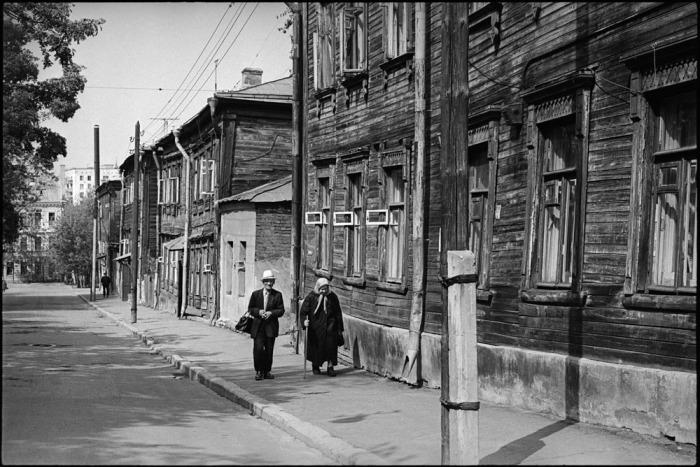 Уличная сцена. СССР, Москва, 1970-е годы.