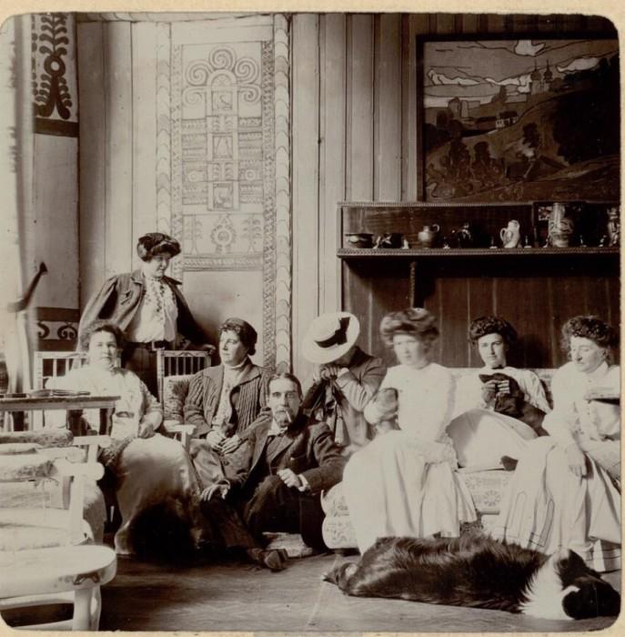 Князь и княгиня Тенишевы. Россия, село Талашкино, 1909 год.