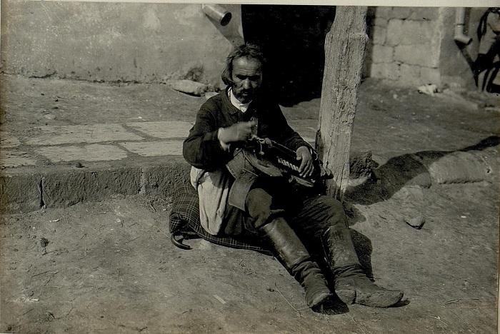 Местный житель в Подгайцах. Галиция, начало 20 века.