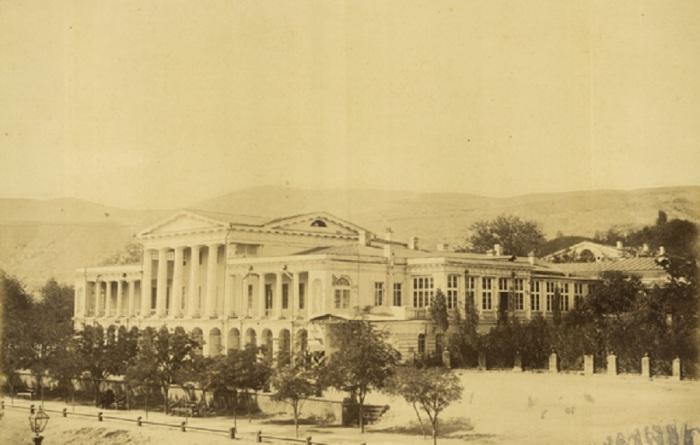 Дворец кавказского генерал-губернатора в Тифлисе.