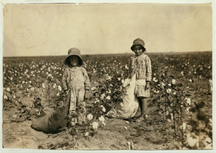 Детский труд, запечатленный на фотографиях неизвестного фотографа в начале XX века .