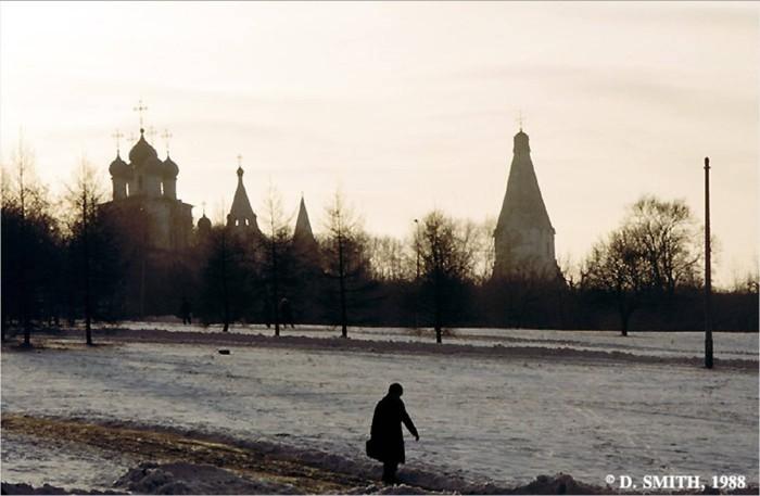 Музей под открытым небом. СССР, Москва, 1988 год.