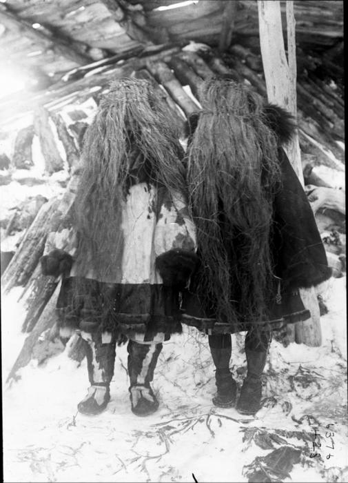 Корячки в масках. Камчатский край, 1900 год.