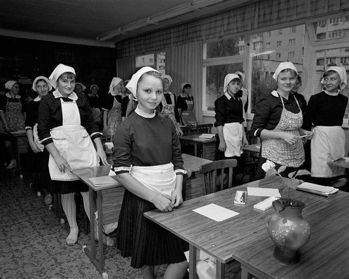 Открытый урок труда в киевской школе. СССР, 1988 год.