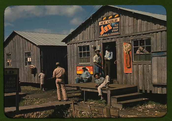 Рабочие возле бара. США, Февраль 1941 года. Автор: Marion Post.