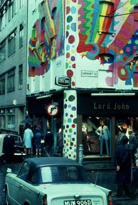 Магазин одежды Лорд Джон на Карнаби Стрит в 1968 году.