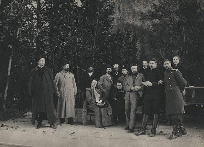 Горький на сцене Народного дома. 1903 год.