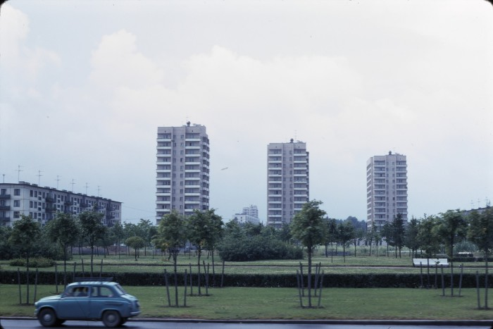 Недавно построенные четырнадцатиэтажки. СССР, Ленинград, 1975 год.