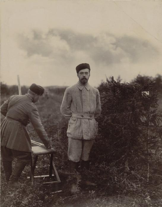 Николай II на охоте в середине 1890-х годов.