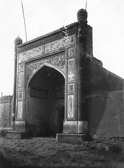 На территории старого Самарканда.
