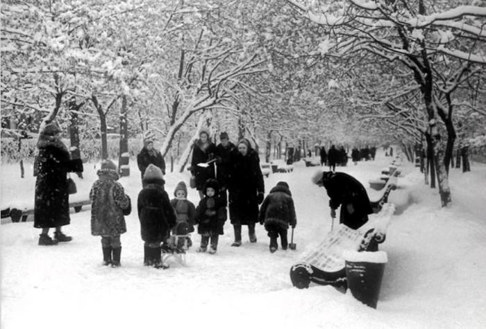 Фотографии времен советской эпохи.