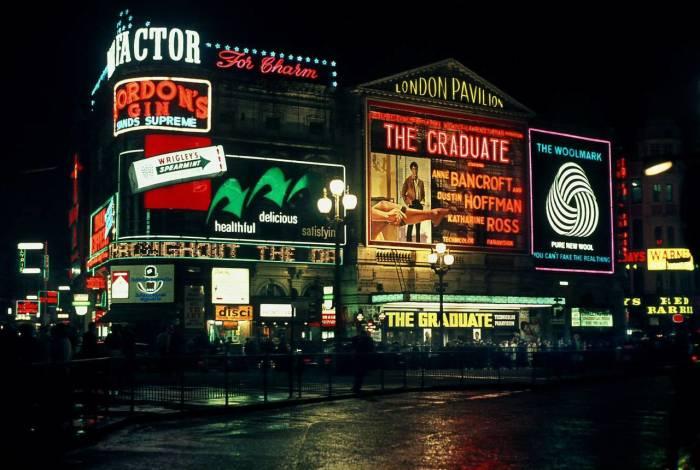 Вечерний Лондон в 1968 году.