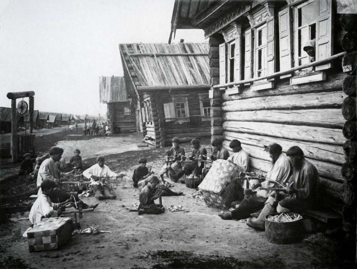 Ложкарное производство. Россия, Поволжье, 1897 год.
