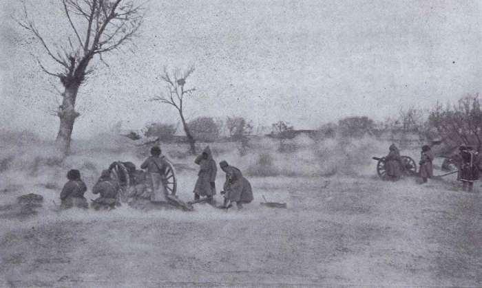 Артподготовка перед началом отступления и перегруппировки русской армии во время сражения под Мукденом.