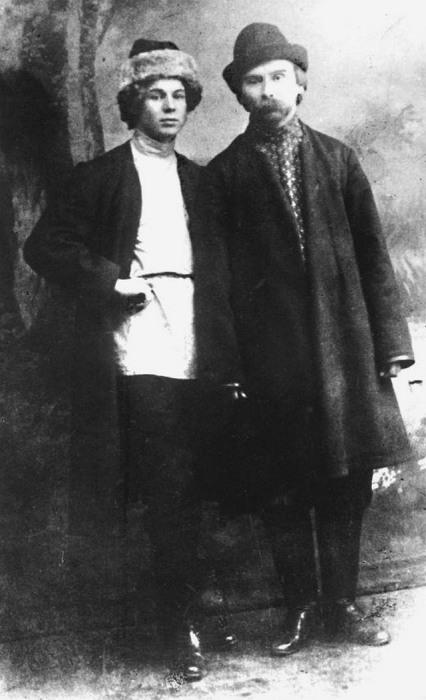 Сергей Есенин и Николай Клюев, 1916 год.