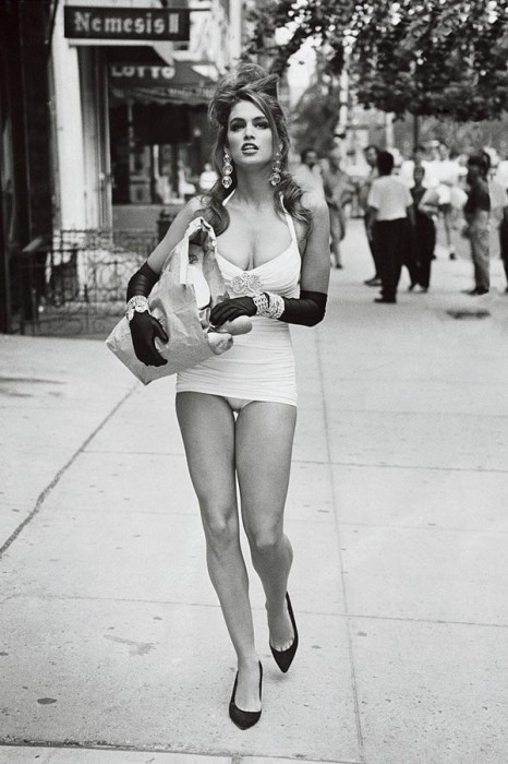 Синди Кроуфорд в 1990 году.