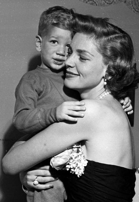 Одна из величайших кинозвезд в истории Голливуда со своим сыном Стефеном.