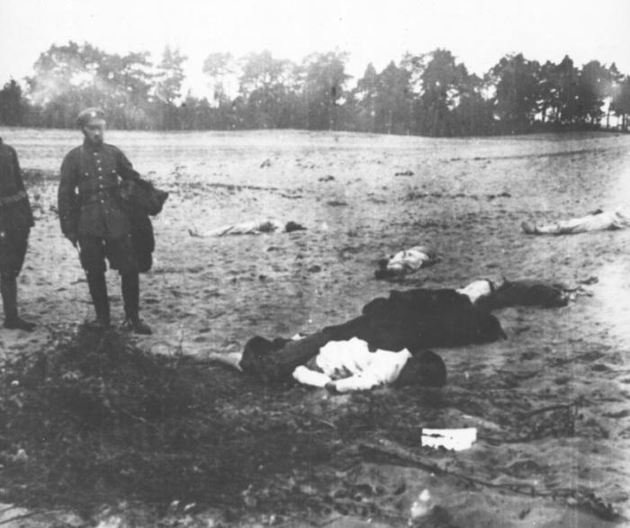 Солдаты из Сибирской бригады убитые около Хожеле. 1920-е годы.