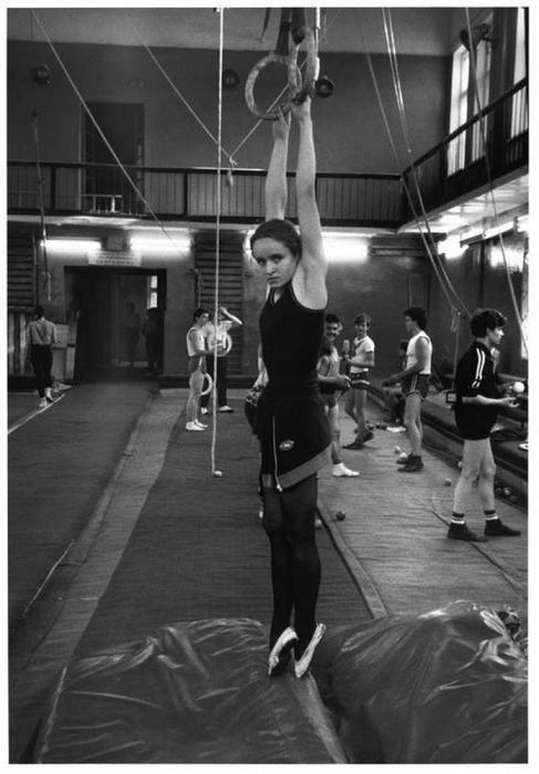 Воспитанница государственного училища циркового и эстрадного искусства имени М. Н. Румянцева, 1989 год.