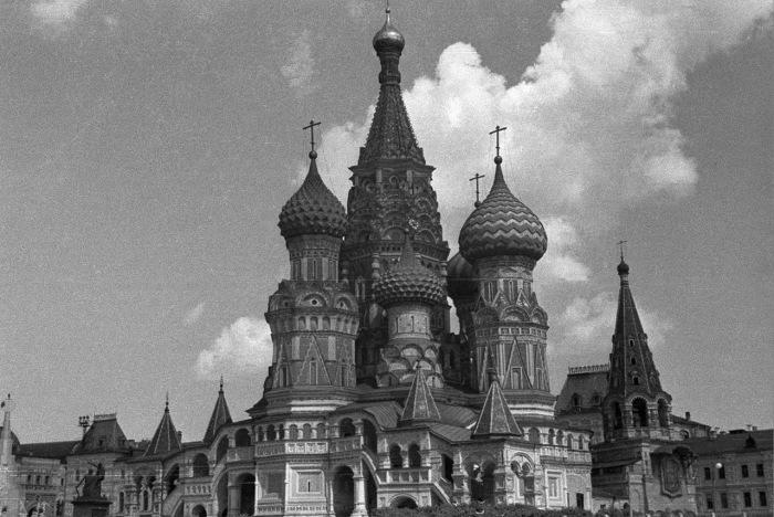 Собор Василия Блаженного на Красной площади в Москве. СССР, 1939 год.