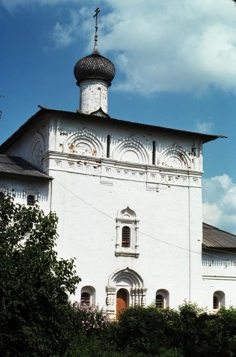 Никольская церковь в Спасо-Евфимиевском монастыре. СССР, Суздаль, 1975 год.