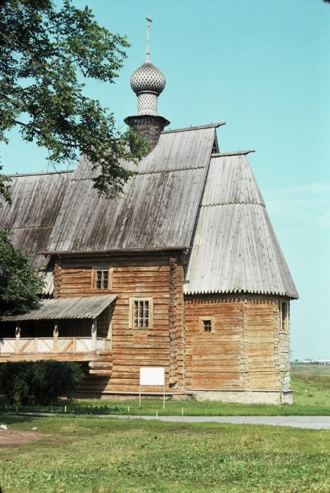 Деревянная Никольская церковь. СССР, Суздаль, 1975 год.