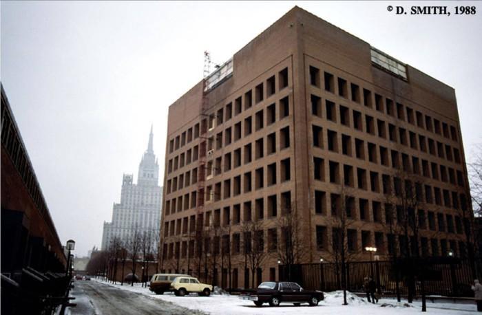Здание Американского посольства. СССР, Москва, 1988 год.