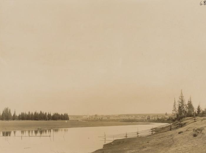 Река в Республике Коми, левый приток реки Вычегды.