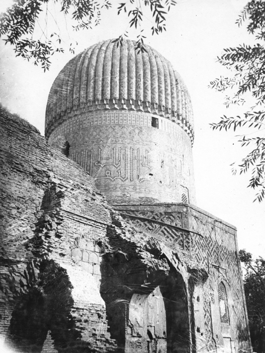 Мавзолей Тамерлана и семьи Тимуридов в Самарканде.