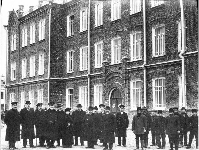 Члены Попечительского совета Ольгинской гимназии. Россия, Архангельск, 1910 год.