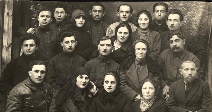 Актив общества кустарей. Киевской губерния, Хабно, 1920 год.