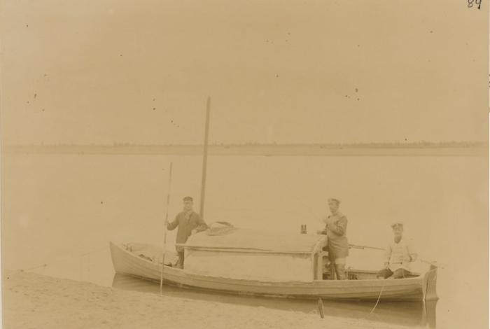 Лодка на которой был проделан путь от Сольвычегодска до Чердыни.