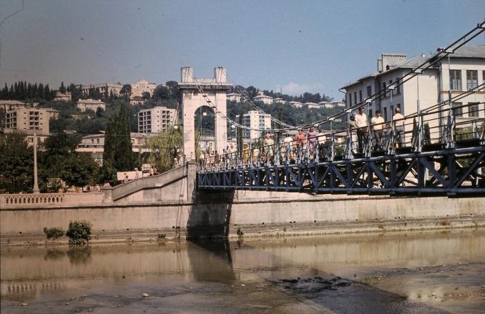 Мост, ведущий к рынку. СССР, Сочи, 1974 год.