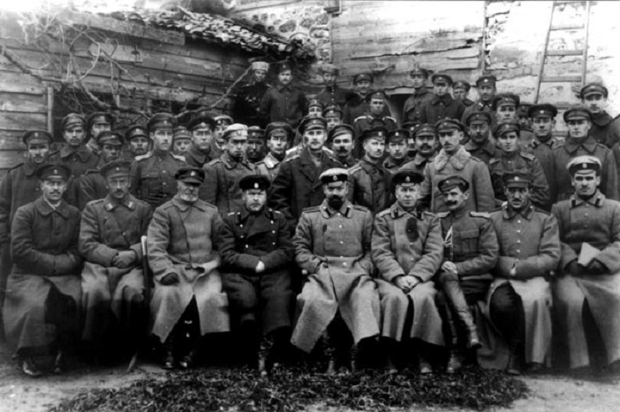 Командование и штабные офицеры частей 1-го армейского корпуса. Галлиполи, 1921 год.
