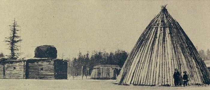 Усадьба зажиточного якута. Якутская область, начало 20 века.