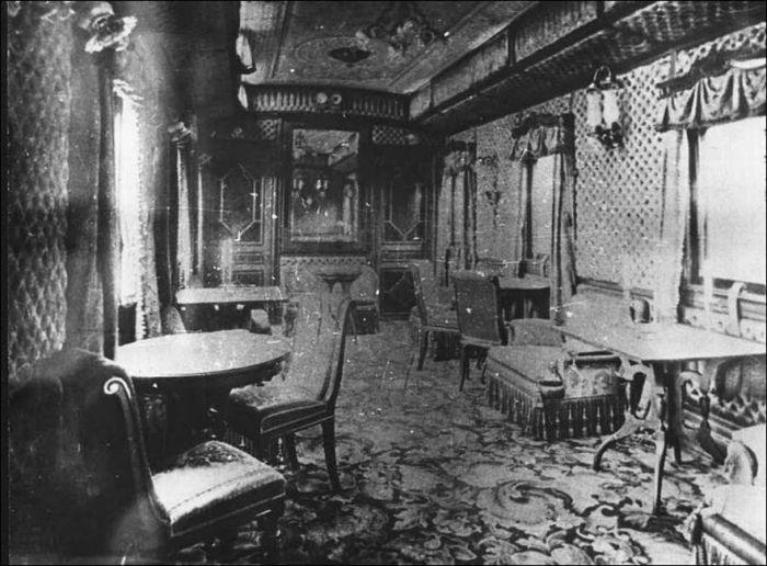 Императорский вагон-ресторан. Россия, 1916 год.