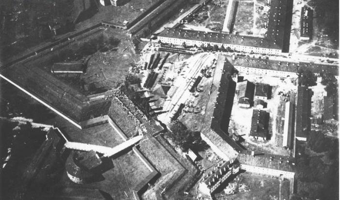 Снимок с самолета Бобруйской крепости. 1920 год.