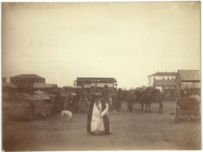 Рынок в центре Семипалатинска.