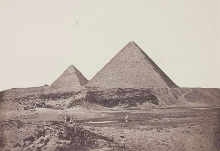 Пирамиды в Гизе в 1857 году.