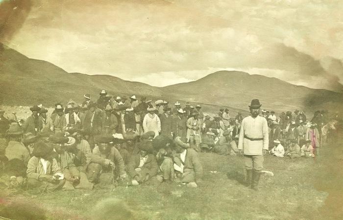 Выбор туземной администрации. Пржевальск, 1905 год.