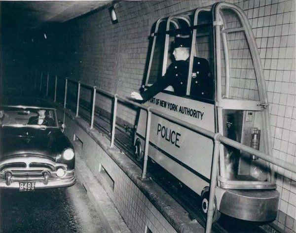 Тоннельный патрульный Нью-Йорка. США, 1954 год.