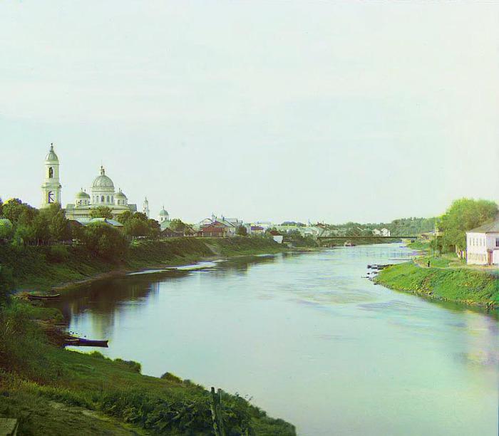 Спасо-Преображенский собор и колокольня Входо-Иерусалимского собора.