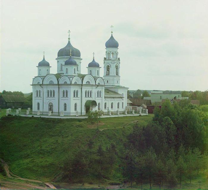 Храм Архангела Михаила в Торжке.