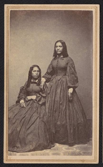 Две афроамериканские женщины на фото конца XIX века.