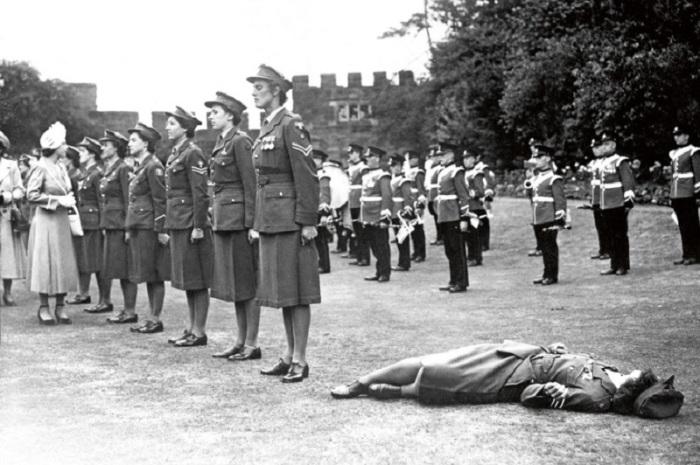Почетный караул Женского королевского армейского корпуса, 1949 год.